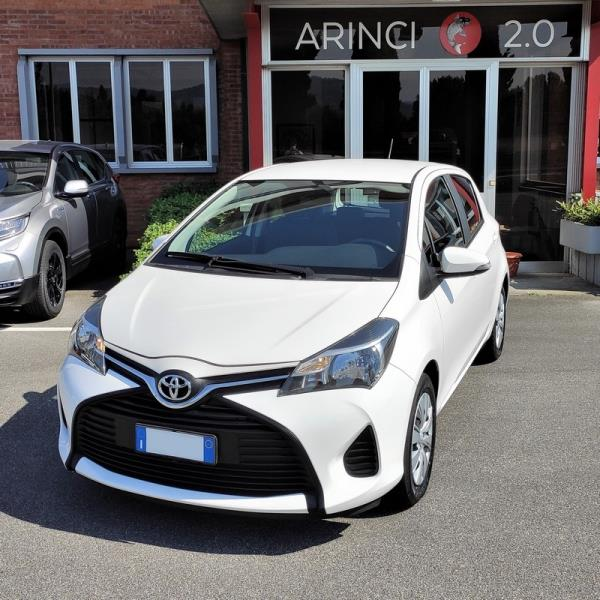 TOYOTA Yaris 1.0 Cool 5p